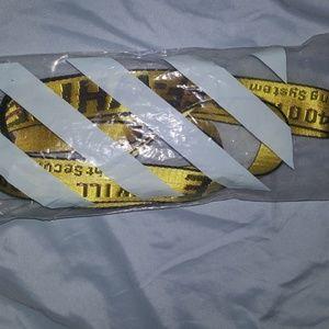 Long yellow belt off white